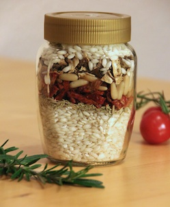 homemade risotto ingredients mix jar to give someone as a gift joinmygift blog. Black Bedroom Furniture Sets. Home Design Ideas