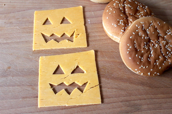 Halloween-Burger-Halloween-Party