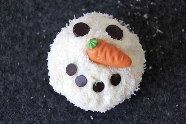 Schneemann Muffins selber machen