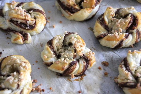 Nutella Blätterteig Schnecken backen