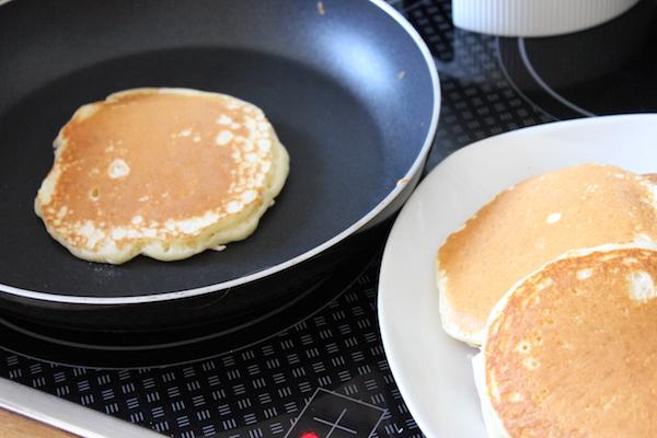 Amerikanische Pancakes zubereiten - So geht's