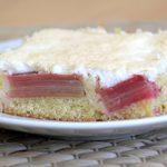 Rhabarberkuchen mit Eischnee Baiser - Rezept
